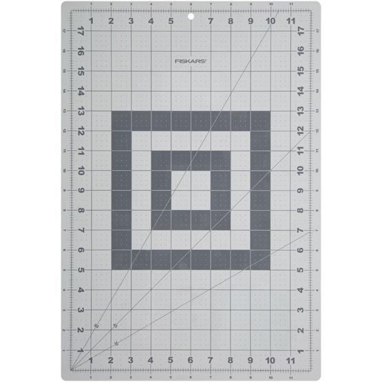 tapis de d coupe pour bricolage format a3 fiskars croquart. Black Bedroom Furniture Sets. Home Design Ideas